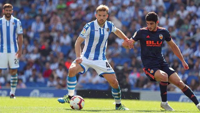 El Valencia asalta Anoeta por la mínima (0-1)