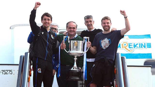 Los Campeones traen La Copa a casa