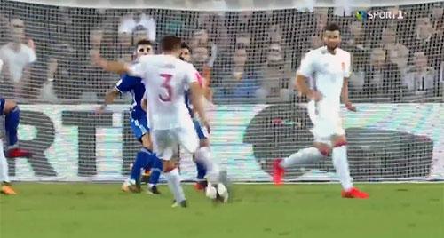 Asier Illarramendi ya sabe lo que es golear con la Selección y lo ha hecho en el escenario...